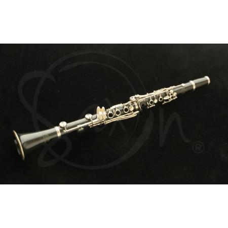 Clarinete Sib Amati ACL211 usado